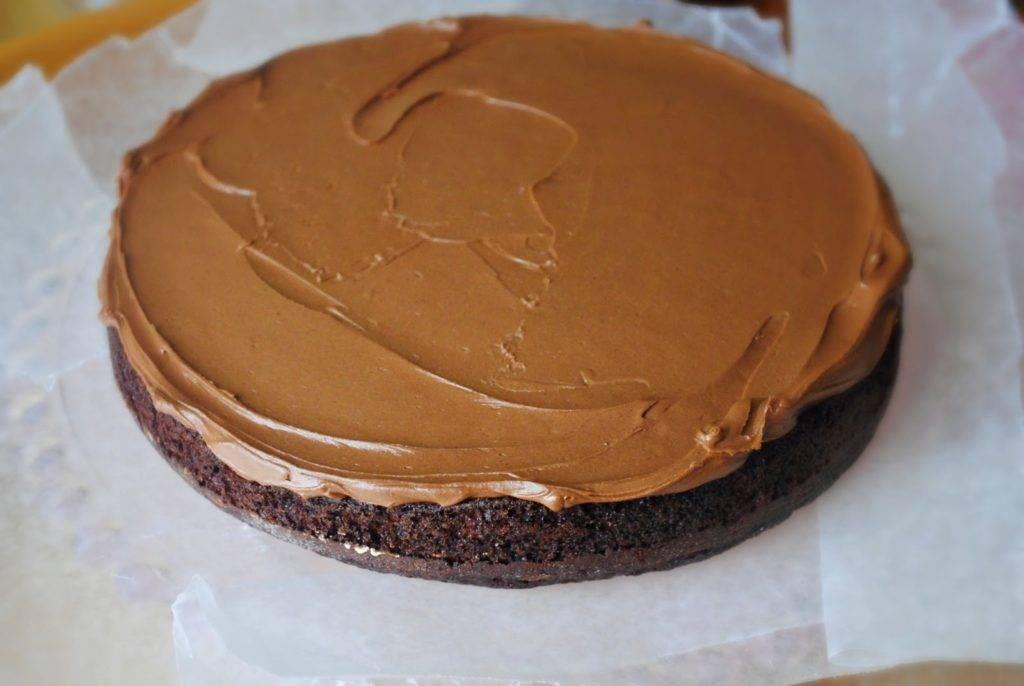 SHokoladnyj-krem-dlya-biskvitnogo-torta