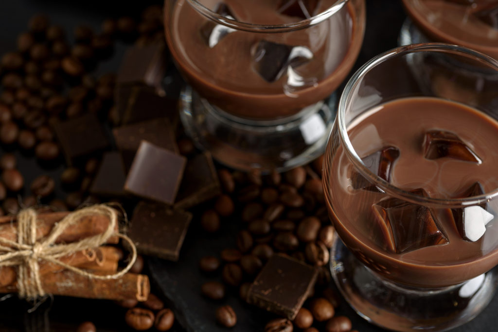 Шоколадно-молочный коктейль: рецепты с фото