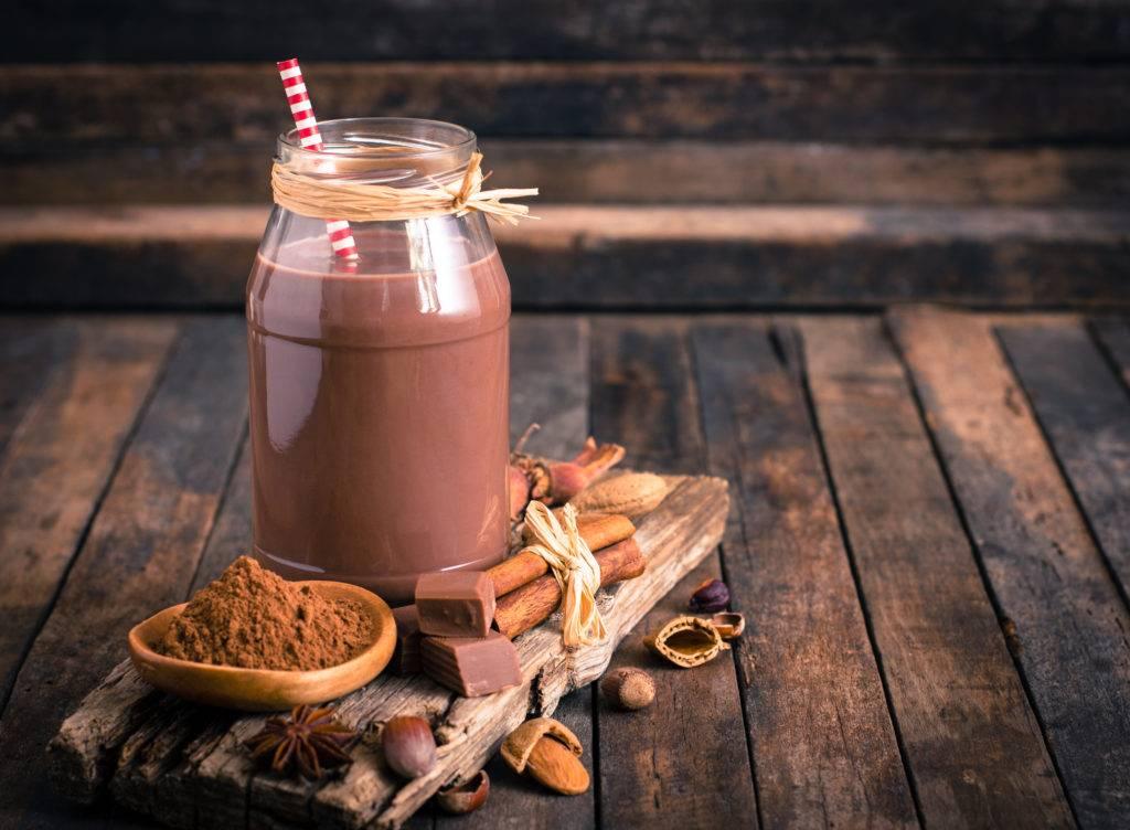 шоколадное молоко с чем пить