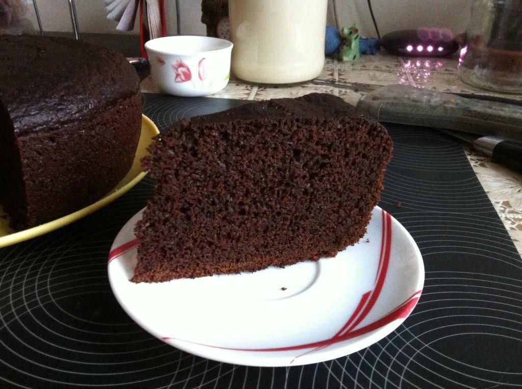 шоколадный пирог на кипятке